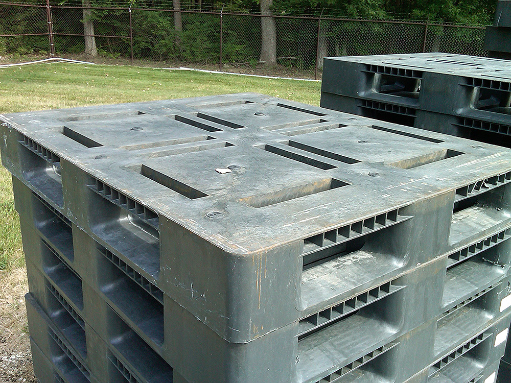 recycled plastic pallets 4